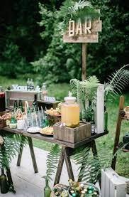 garden vintage rustic wedding decor