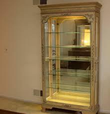 Jasper Curio Cabinet Jasper Cabinet Company Lighted Curio Cabinet Ebth