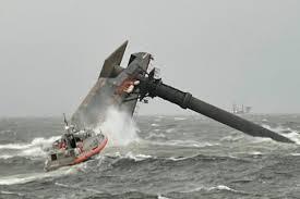 USA, nave commerciale si capovolge nel Golfo del Messico