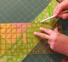 How to Measure and Sew Butted Borders to a Quilt | Quilt Bugg ... & Mark Line/Sew Line ... Adamdwight.com