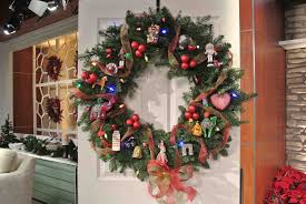 christmas office door decorations. Beauteous Front Door Christmas Decorating Ideas. Alluring With Wreath Office Decorations