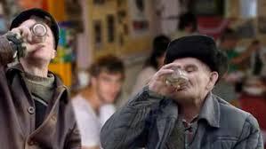 De ce beau oamenii din Vaslui? Nu e banc! Poveste adevărată! - Stiri Mondene