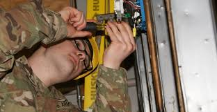 Construction Electrician U S Soldiers Power Through Interior Electrician Training