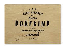 Luxecards Postkarte Aus Holz Leg Dich Niemals Mit Einem Dorfkind An