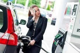 So viel würde Benzin ohne Steuern kosten (Rechenbeispiel)