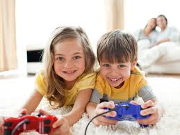 CMN     Online  amp  Video Games  Negative Effects Outweigh Positive     As games become more intricate  players must juggle different objectives while keeping track of all the changing elements and connecting ideas