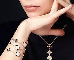 louis vuitton jewelry. here\u0027s a first look at louis vuitton\u0027s blossom 2017 jewelry collection vuitton