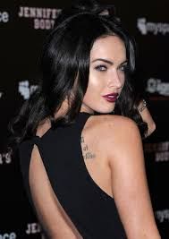 actress megan fox showed up at the mye ign jennifer s body party last week with paler skin try red lipstick and a soft smoky eye