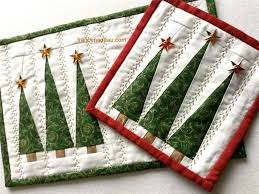 Best 25 Christmas Table Runners Ideas On Pinterest  Quilted Quilted Christmas Crafts