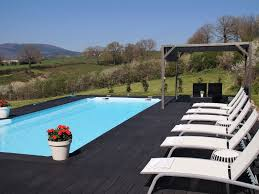 Gite in burgundy with indoor swimming pool