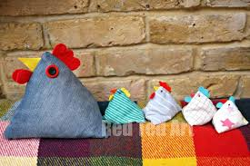 pattern idea chicken doorstop pattern a great gift idea red ted arts blog