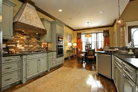 how to paint kitchen cabinets to look antique how to paint kitchen cabinets look antique with