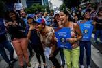 luoghi che si collegano a facebook conoscere ragazza venezuela