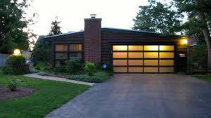 dave s door of the quad cities inc sells the following residential and mercial doors mann gadco amarr chi we sell linear operators however