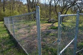 Affordable Easy Chain Link Fence Makeover Option Mom in Music City