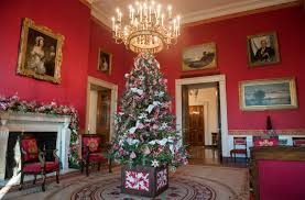 Christmas Decorations Design The White House Reveals Its Christmas Decorations Melania Trump 57