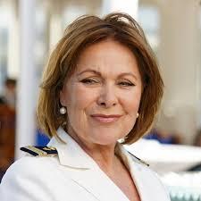 Die schauspielerin sei der gute geist an bord des 'traumschiffs' gewesen und habe mit ihrer langjährigen rolle einen rekord gebrochen. R02muxng4q7zdm