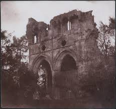 william henry fox talbot and the invention of the tomb of sir walter scott in dryburgh abbey