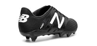 new balance boots. new balance furon review boots