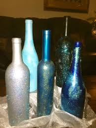 Decorated DIY Wine Bottle ~ Spray paint, glitter, top clear coat of spray  paint