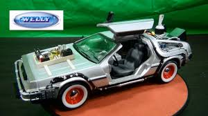 <b>WELLY</b> Back To The Future Part 3 - <b>1/24</b> Scale Diecast: Delorean