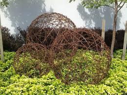 garden art. Garden Sculptures Wire Art New Zealand Artist - Balls, Trees, Sheep Made For Gardens And Outdoors.