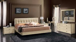 Elegant Italian Made Ivory Bedroom Set Comp 3 With Sexy Bed