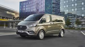 Ford announces the upgraded version of Tourneo Custom van