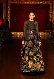 Bollywood Fashion Designer Collection Pin By Dana Sam On Indian Couture In 2019 Rohit Bal