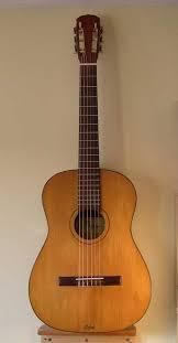 Hofner vintage classical guitars