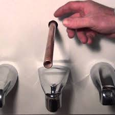 how to remove and replace a tub spout diffe types plumbing how to replace bathtub spout