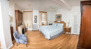 pablo picasso suite bed