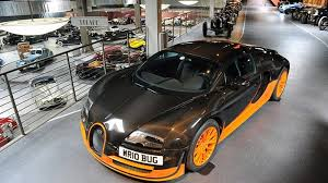 The bugatti veyron has 10 radiators working overtime to keep those 1,200 horses cool. Bugatti Veyron 16 4 Super Sport World Record Edition Visits The Mullin Museum Autoblog