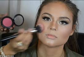 extreme contouring requires some fairly heavy makeup when it es to eyes and blusher in order