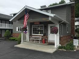 Americas Best Value Inn Park Falls Value Inn Lake George Ny Bookingcom