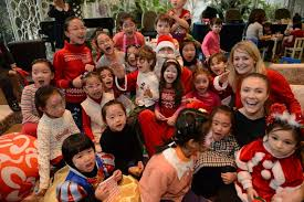 Christmas Photo Kids 17 Fun Christmas Party Games For Kids Icebreaker Ideas