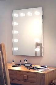 hollywood makeup theatre dressing room mirror flash make up