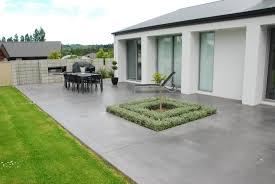 Terrace in coloured concrete