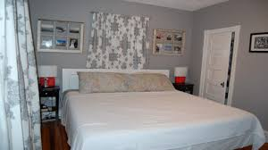 Paint Color Small Bedroom Best Colors For Small Bedrooms Monfaso