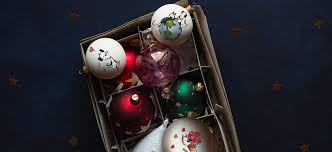 diy holiday ideas how to create mutts ornaments using temporary