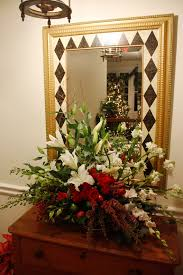 Christmas Flower Arrangements | Holiday Flower Arrangement Matching The  Fresh Flower Christmas Tree