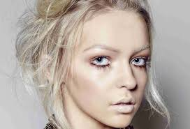 brushstroke make up courses event cover