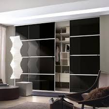 minimalist standard wardrobe 12