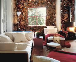 walls of natural wood