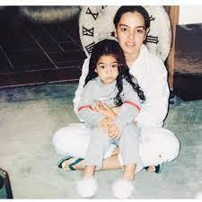 في رحلة إلى الذكريات.. شريهان تحتفل بعيد ميلاد ابنتها الكبرى (صور وفيديو)