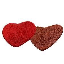 heart shaped bath mat
