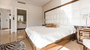 20 Amazing White Bedroom Ideas Images 2019   TheHomeDigs