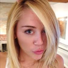15 celebrities who look stunning without makeup miley cyrus miley looks amazing in this selfie she posted on insram