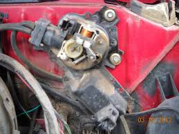 1984 silverado wiper and cruise inop issues truck forum the first pic is the way it looks normally the two cut wires are for the washer fluid pump it used to operate non stop the second pic is the cover