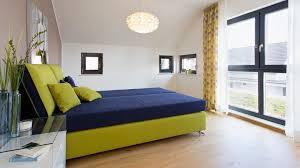 Schlafzimmer Braunes Bett